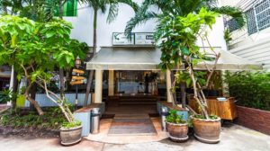 new-road-guest-house-thai