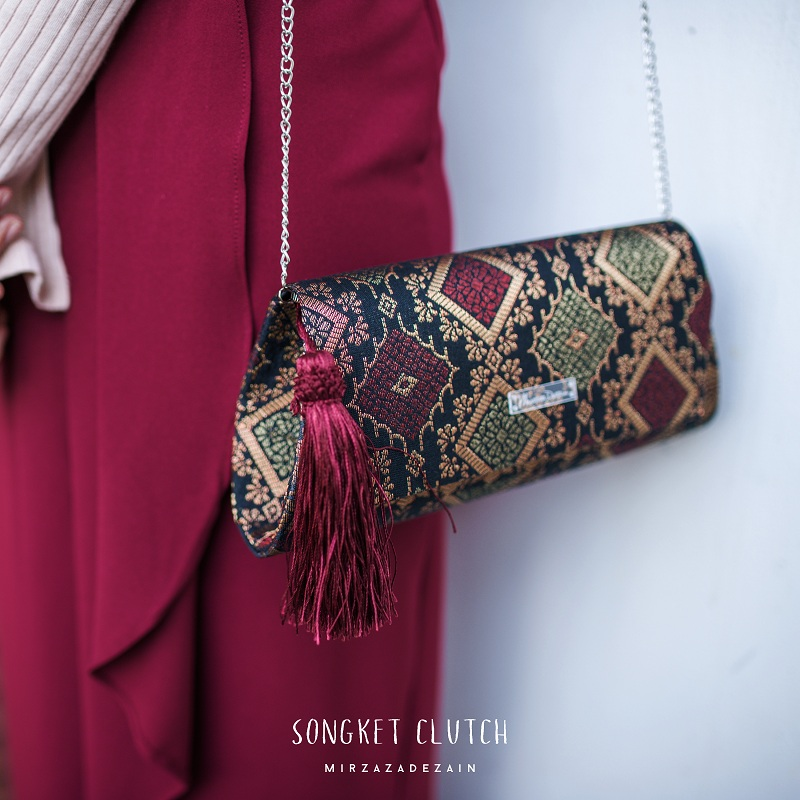 songket-mirzaza-clutch-on-kakireview-1